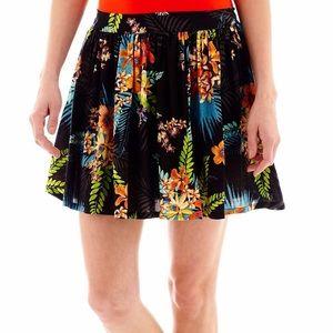 NWT Tropical Vintag Floral Skater Skirt Black S